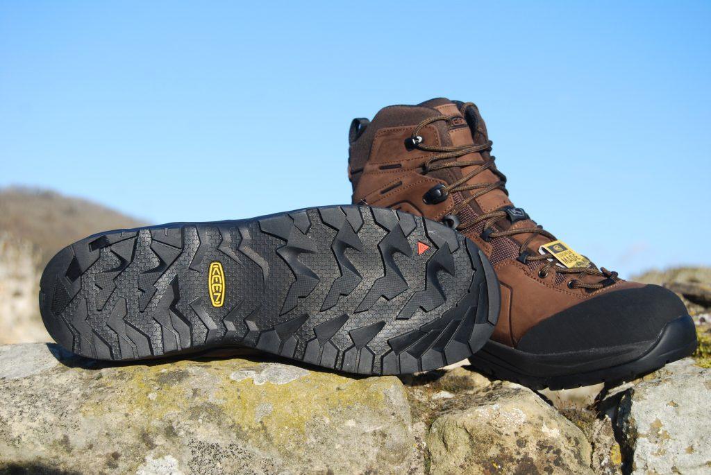 Keen Karraig walking boots tread